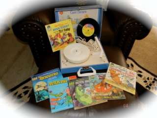 Player & 6 Books/Records Brer Rabbit Winnie Pooh Petes Dragon