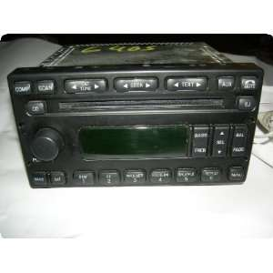 Radio  FORD VAN 05 AM FM CD (single disc), ID 4L2T 18C815