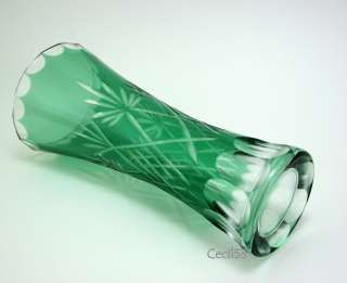 GREEN CUT TO CLEAR GLASS FLOWER BUD VASE