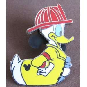 Hidden Mickey Pin Fire Fighter Donald Duck (2007)