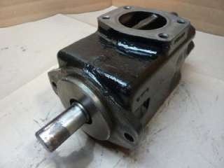 Vickers Hydraulic Vane Pump 2 7/8 Shaft #30778