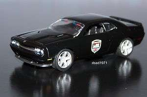 DODGE CHALLENGER SRT8 DODGE LAW ENFORCEMENT POLICE SHOW CAR MINT 1/64