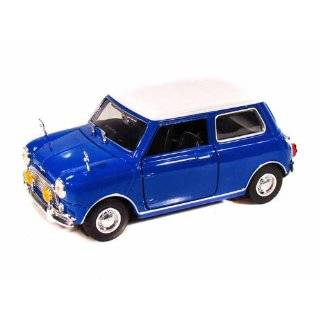 1969 MINI COOPER GREEN 118 DIECAST MODEL